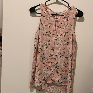 Floral Women's size small barely worn blouse